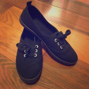 H&M Black Sneakers